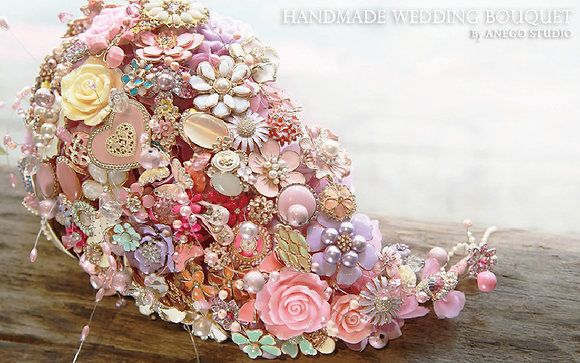 Ceramic Pastel droplets jewelry bouquet