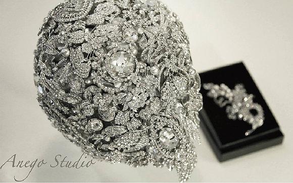 Luxury teardrop handmade bouquet