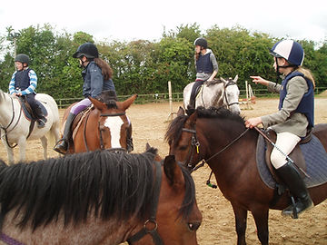 Kids group riding Lessons