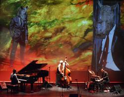 Juan Ortiz Trio, Art: Naiel Ibarrola