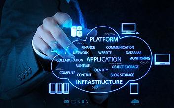 866x542-Businessman_with_cloud_computing