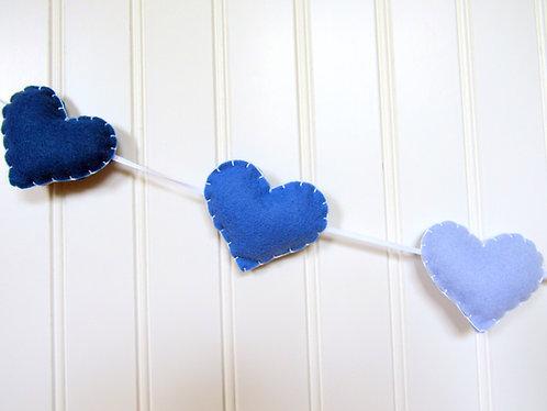 garland / bunting - blue
