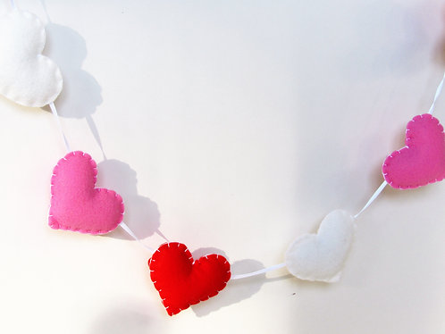 Valentine's day felt heart garland in pink, red and white