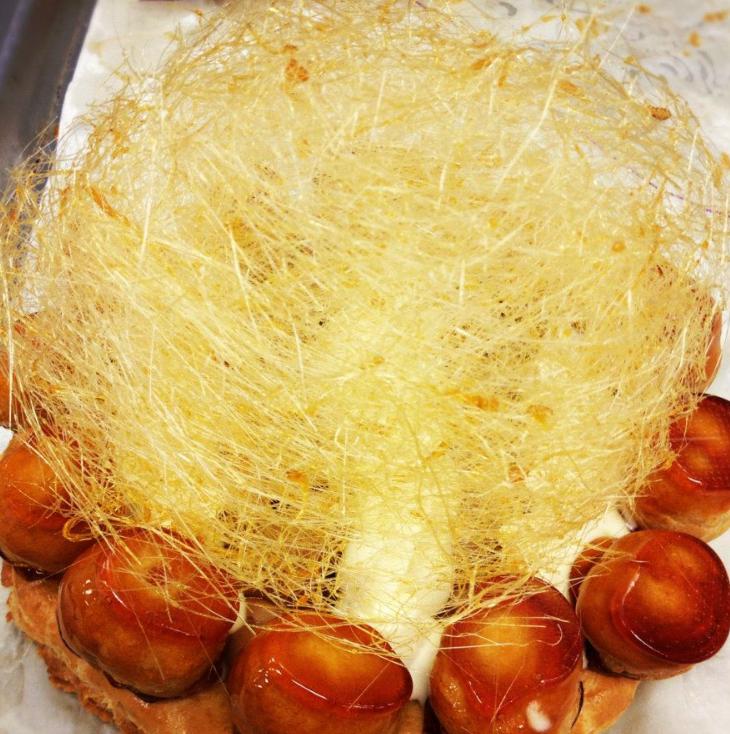 Caramel Profiterole Cake