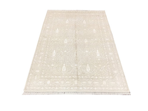 """11041 Floral 4'11"""" X  7' 7"""" Wool And Artifial Silk  Area Rug"""