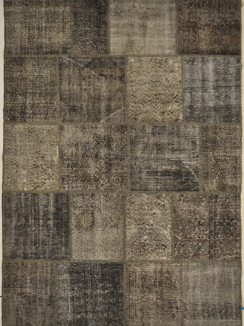 "1125 PATCHWORK 5' 10"" X 8' 2"" Wool"