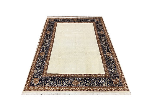 """11032 Floral 6' 9"""" X 10' 1"""" Wool And Artifial Silk  Area Rug"""