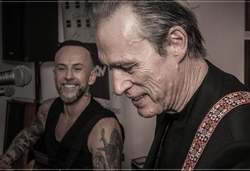 Me and that Man - Adam Nergal i John Porter