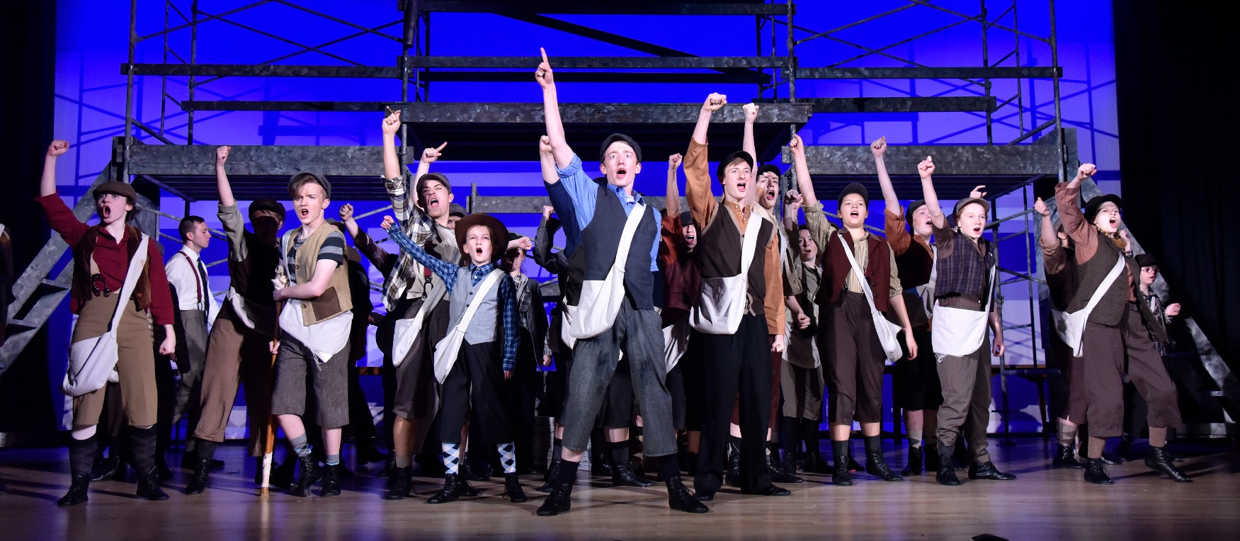 Newsies-056_edited.jpg