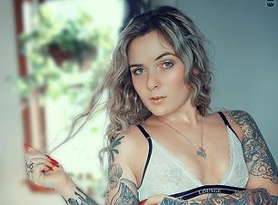 Natalie Alexis - Natural Light 1 Sized.j