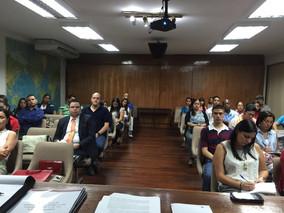 Conversatorio sobre Verified Gross Mass, dictado en la sede de postgrado de la Universidad Marítima
