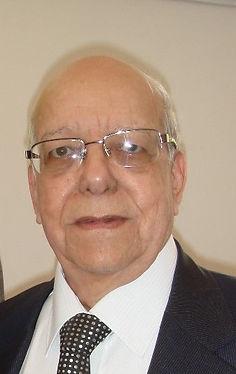 TULIO ALVAREZ Tamaño pasaporte.jpg