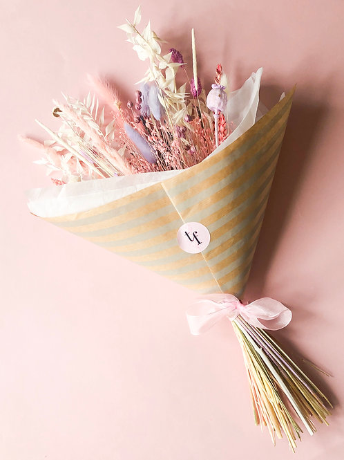 Dried-Flower Bouquet | Pastel