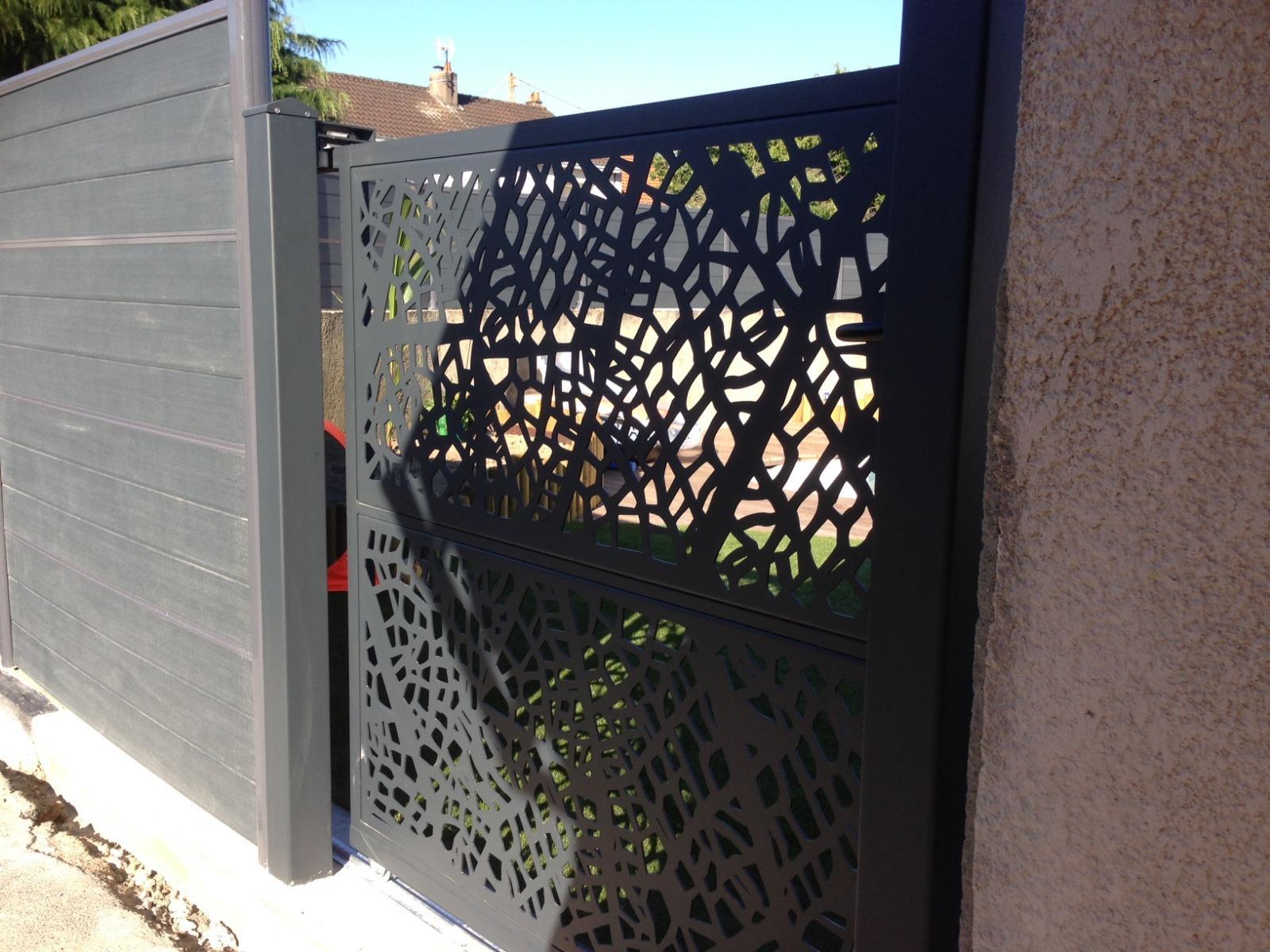 Portail design NERVURE CAMELLYA®