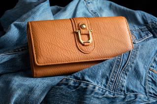 Ladies wallet-1.JPG