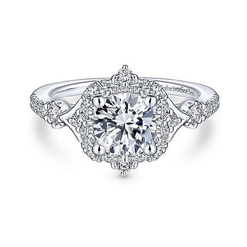 VERONIQUE HALO DIAMOND RING