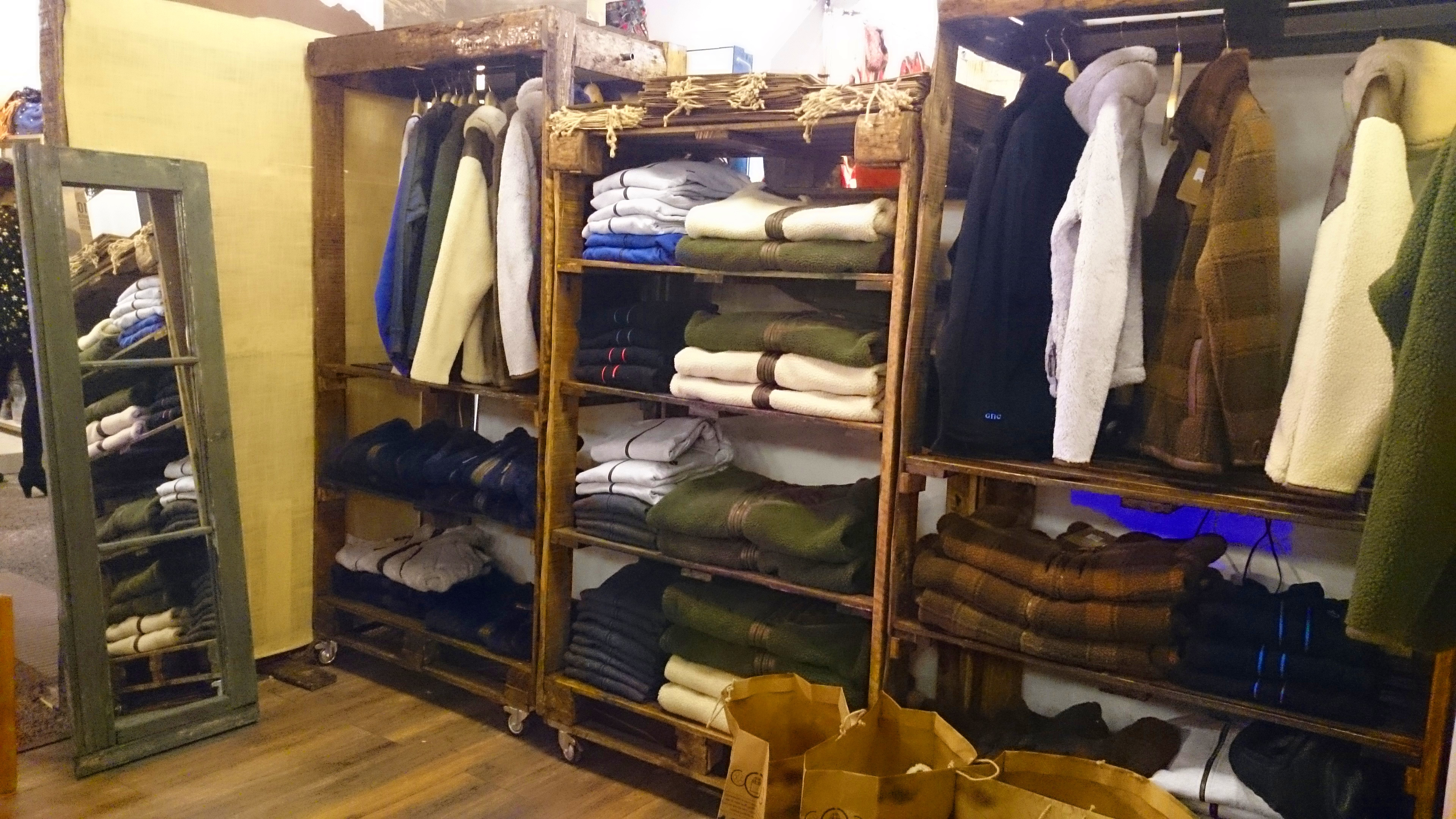 Espejo en tienda Gnomo - Bazar Ed