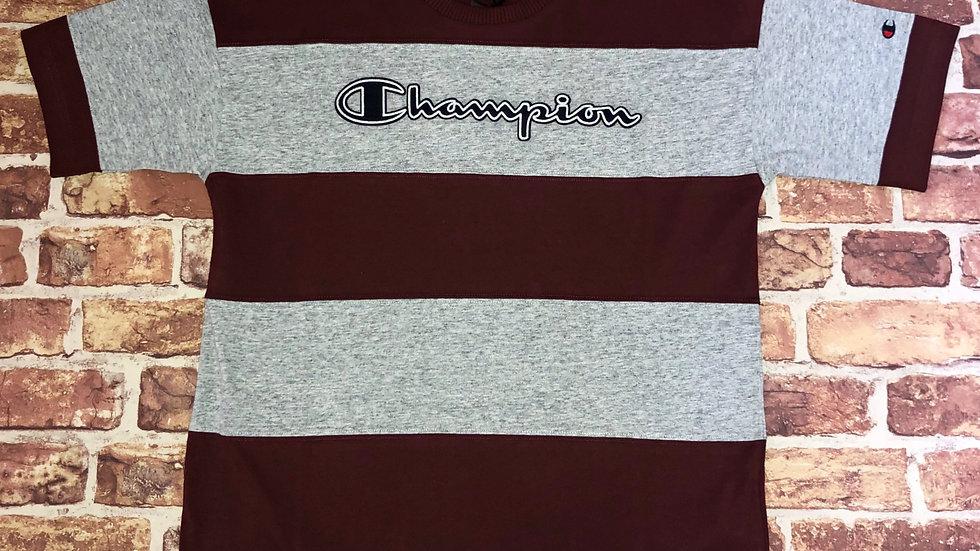 Champion Tshirt   S