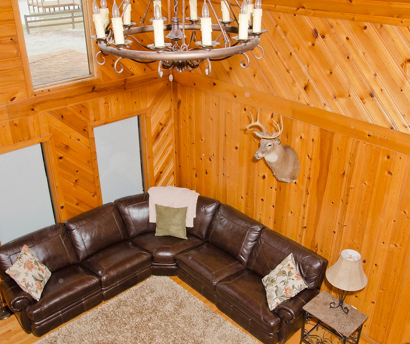 OPTO Main Lodge - Living Room (loft view)