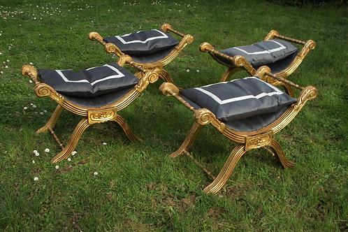 Quatre Tabourets Curule Garniture Velours Neuve XIX