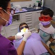 Cuidar desde el principio la boca de tus hijos les evitará muchos problemas futuros. La previsión es fundamental.