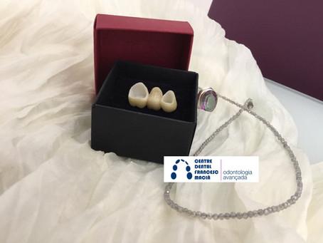 Para qué se usa el zirconio en una clínica dental?
