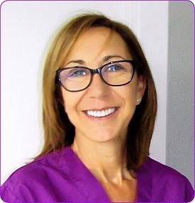 M Angeles Sánchez nuestra cirujana con un amplia experiencia. Centre Dental Francesc Macià