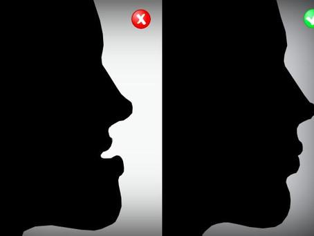 ¿Cuándo se debe tratar una mandíbula prominente?