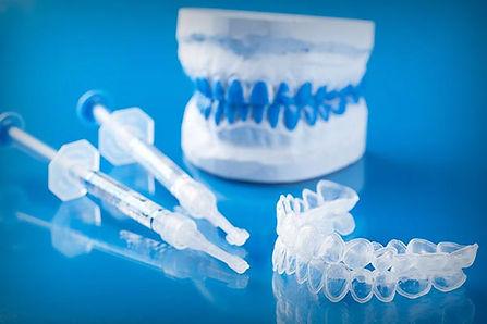 Blanqueamiento dental con férulas en San