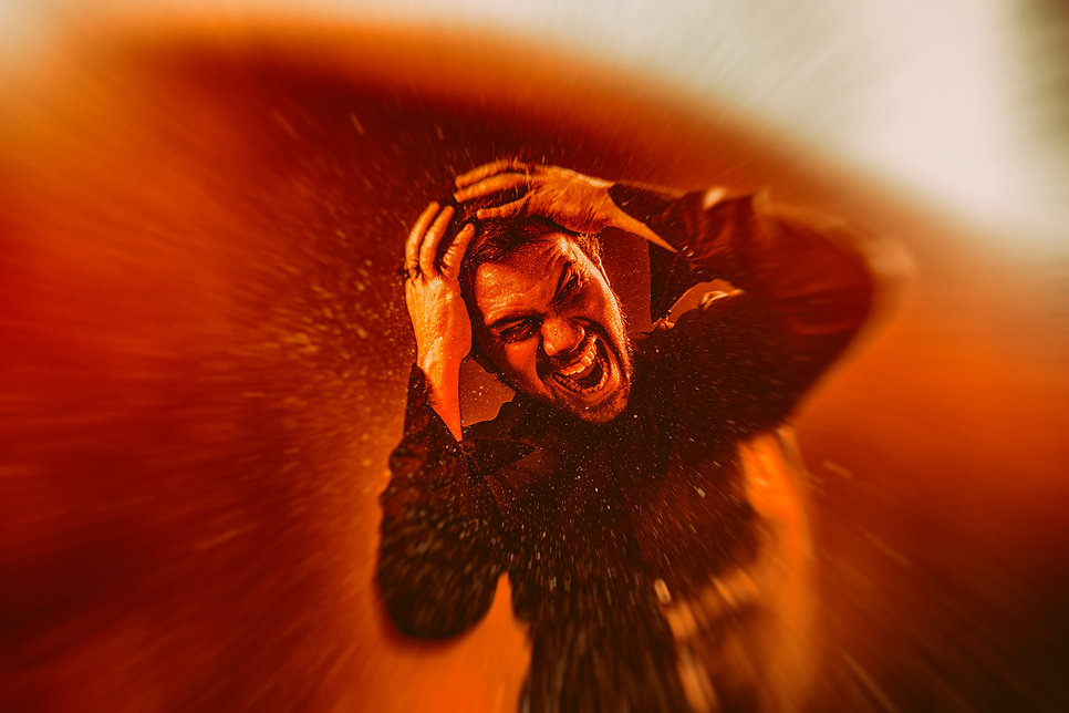 Adrian Benegas - 05 - Inferno - Foto Ser
