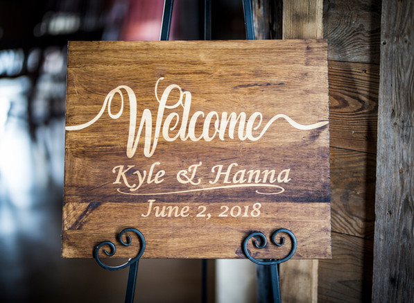 Wedding Signs & Gifts
