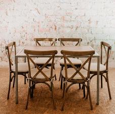 Stol za blagovanje za 6 osoba