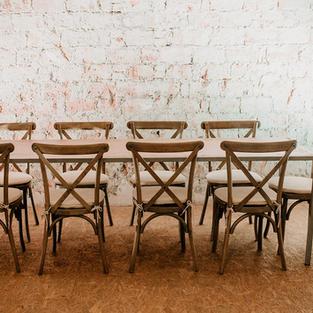 Stol za blagovanje za 10 osoba