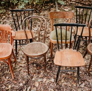 Drveni stolci razni