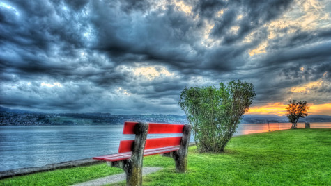 The Red Bench (HDR)