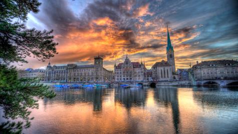 Zurich Limmat Sunset (HDR)