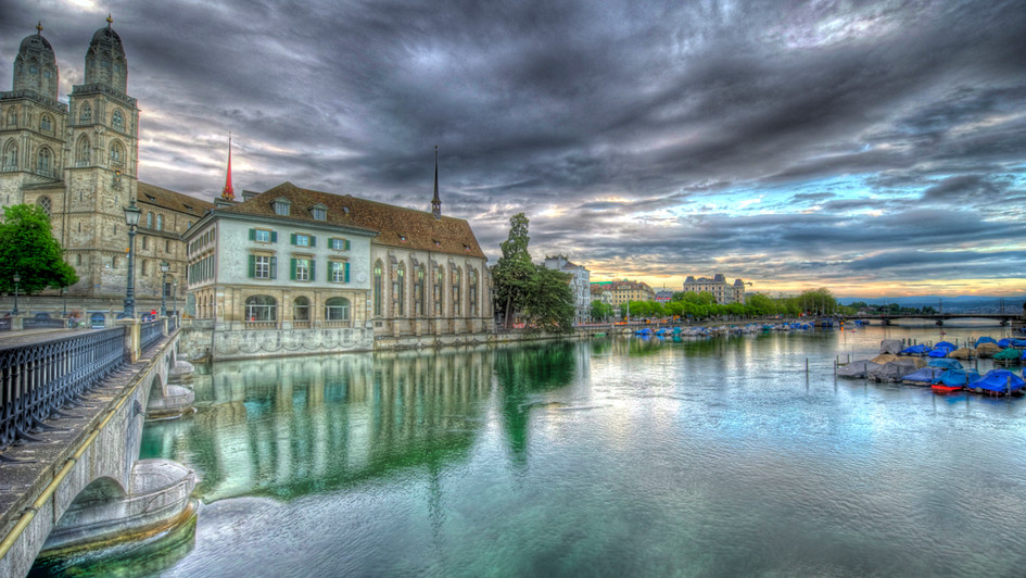 Good Morning Grossmünster! (HDR)