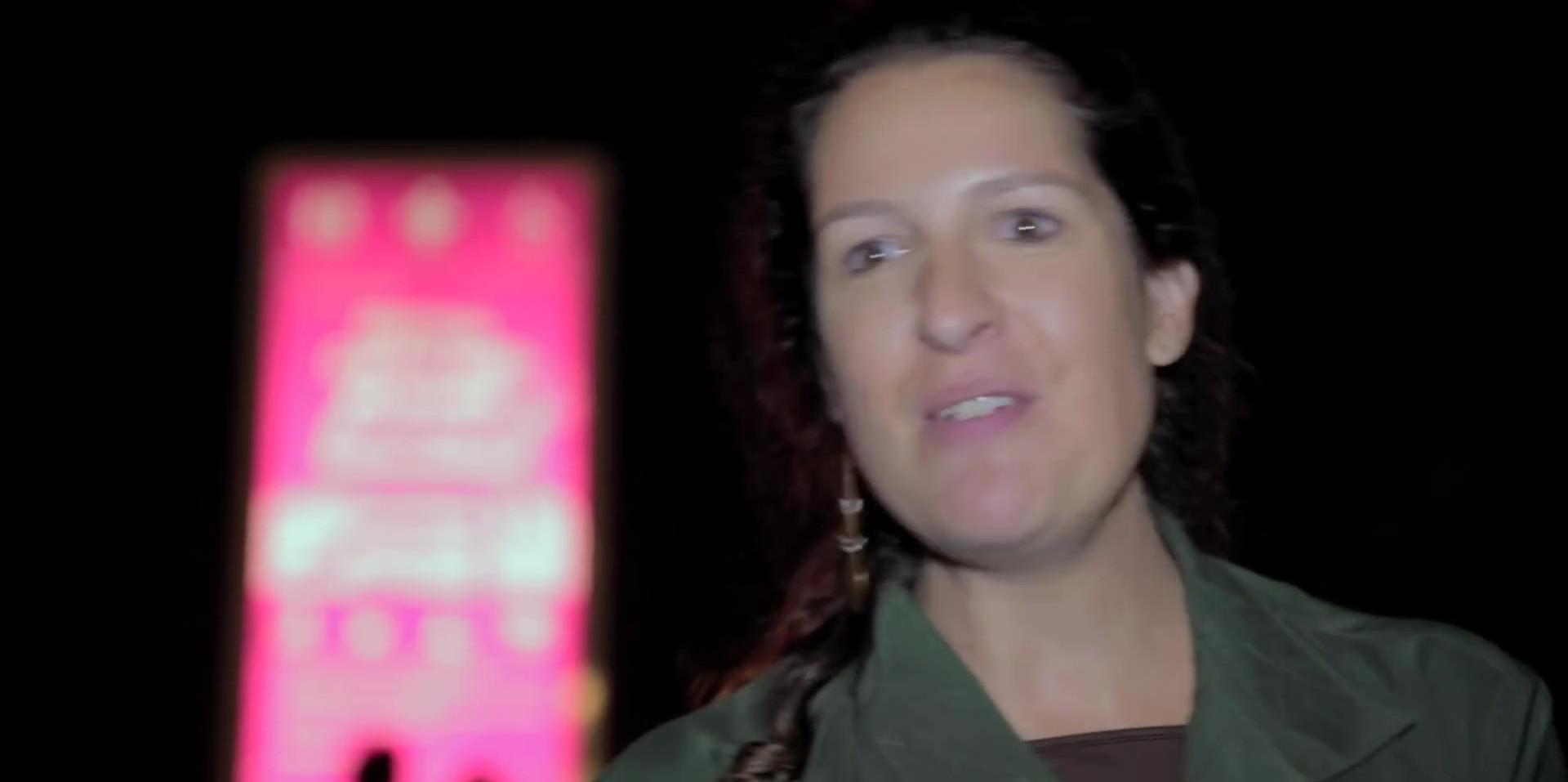 Batsheva Esemble ao ar livre.