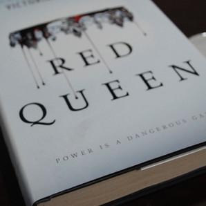 RESENHA - Rainha Vermelha (AVEYARD, Victoria)