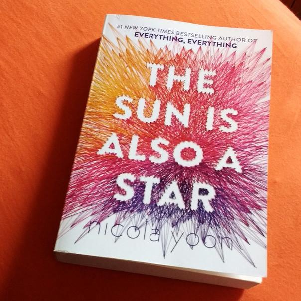 RESENHA: O Sol Também é uma Estrela (YOON, Nicola)