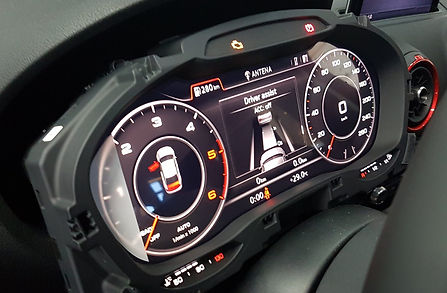 2015-audi-a3-retrofitted-with-virtual-cockpit-other-facelift-features-112286_1_edited.jpg