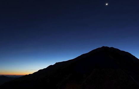 Dawn-dark-mountain-in-blue-morning.JPG