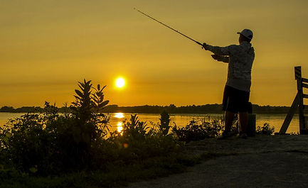 fisherman casting.JPG