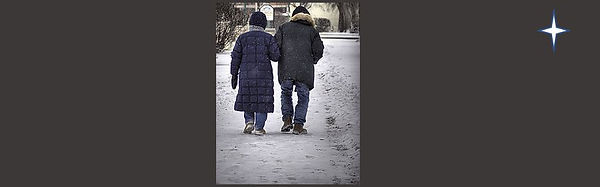 CoupleInSnow-black-strip-star1.JPG