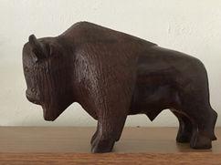Buffalo-sculpture-240w.jpg