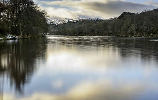 River-mountains-faroff.JPG