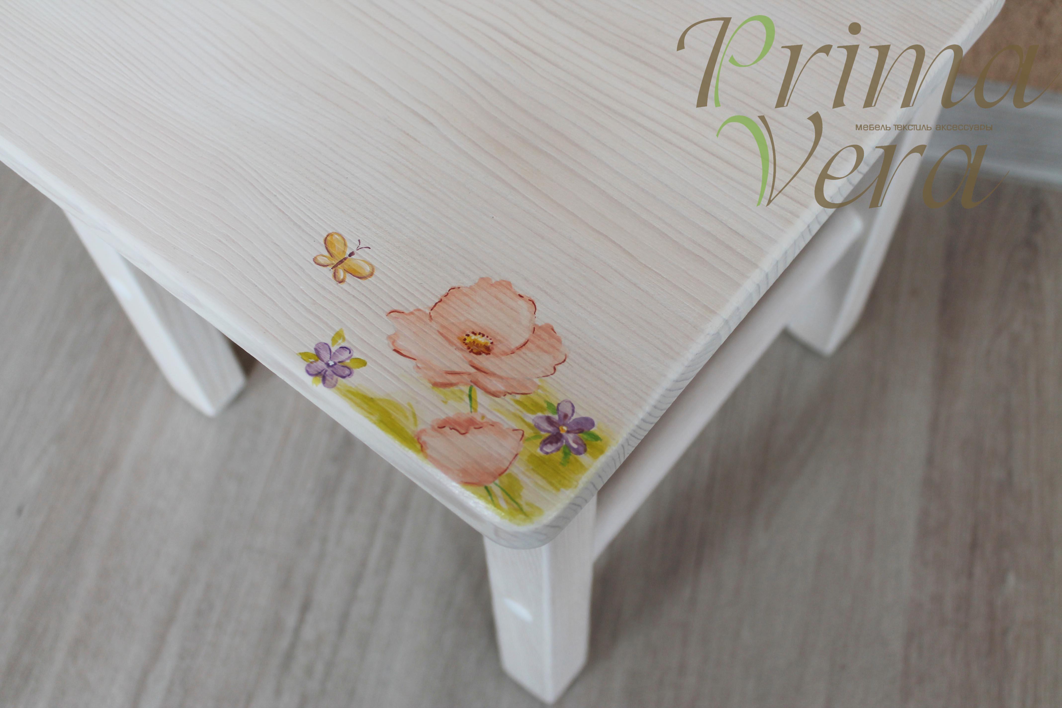 роспись на стуле