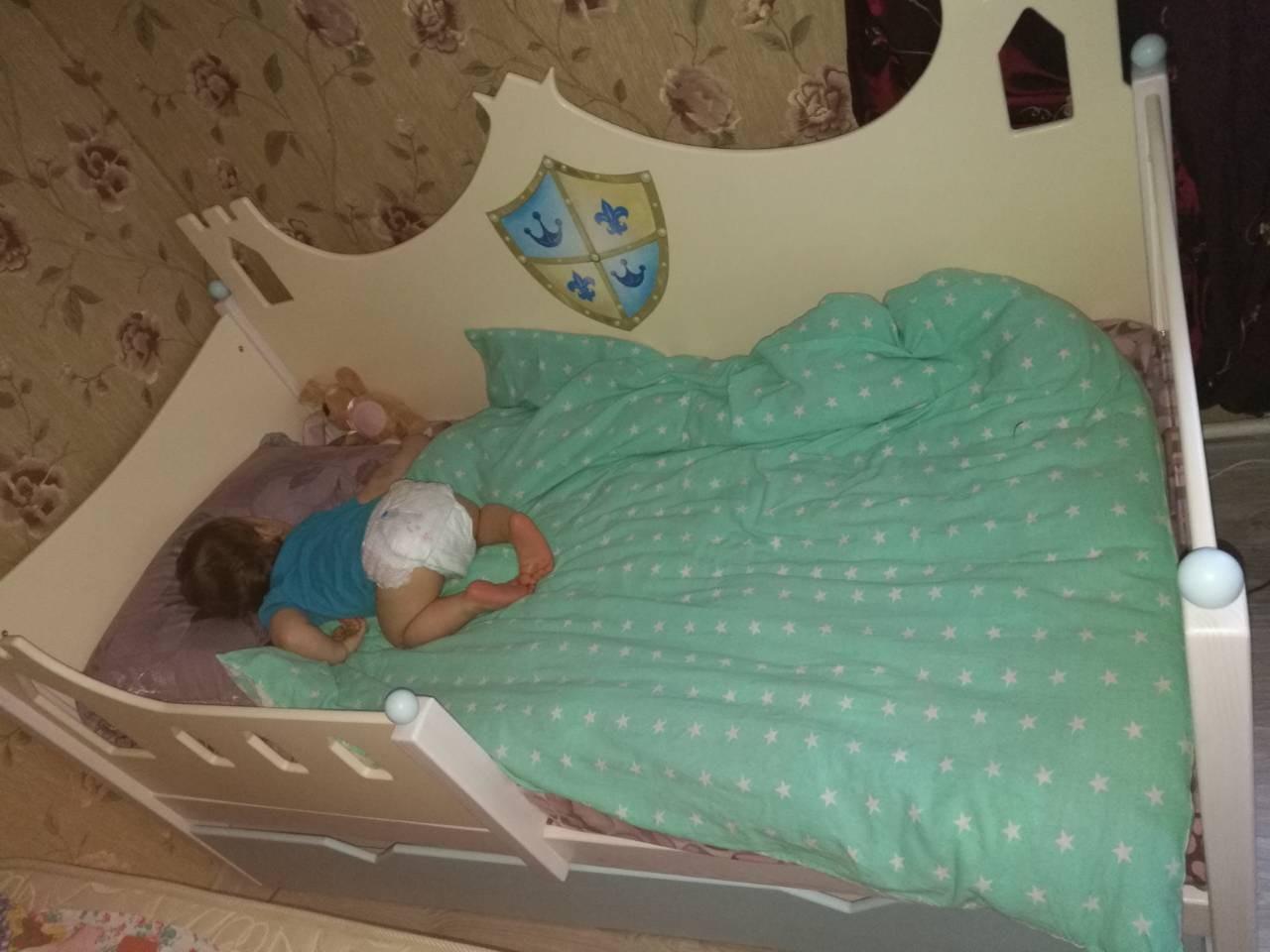 кроватка для малышей с 1.5 лет