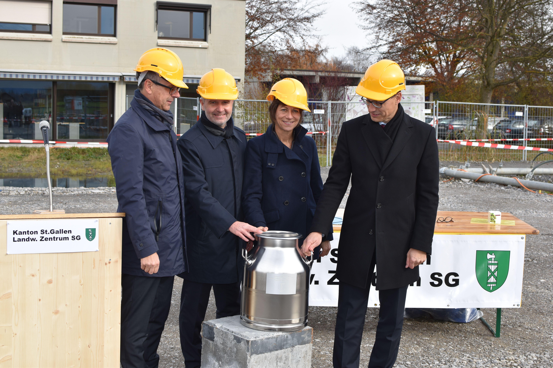 Neubau Schule Internat zentrum SG