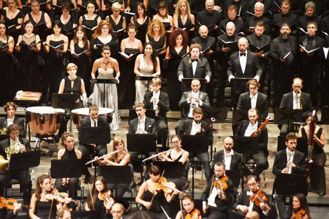 b2ap3_large_orchestra-antonio-vivaldi03.
